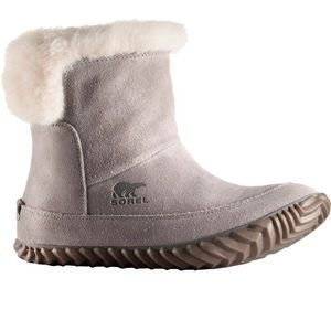 Sorel Out N About Gray Suede Sherling Bootie